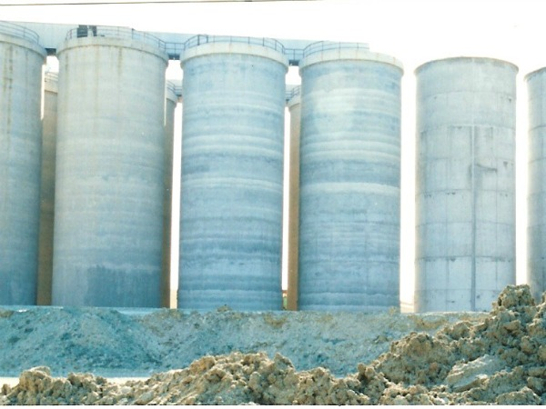 2,000 m³ PERLITE SILO - GRINDING AND CRUSHING UNITS